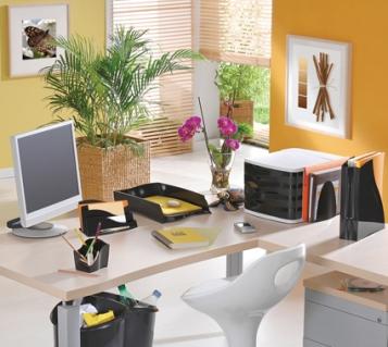 office-desk-decor