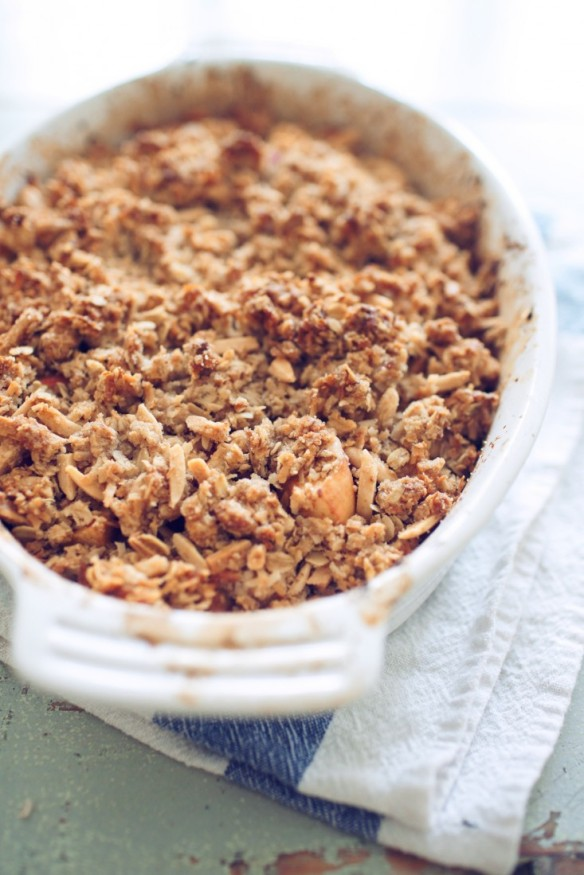 Apple Crumble: Holiday Office Potluck Ideas